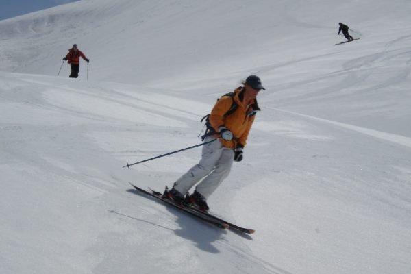 Spring skiing off-piste